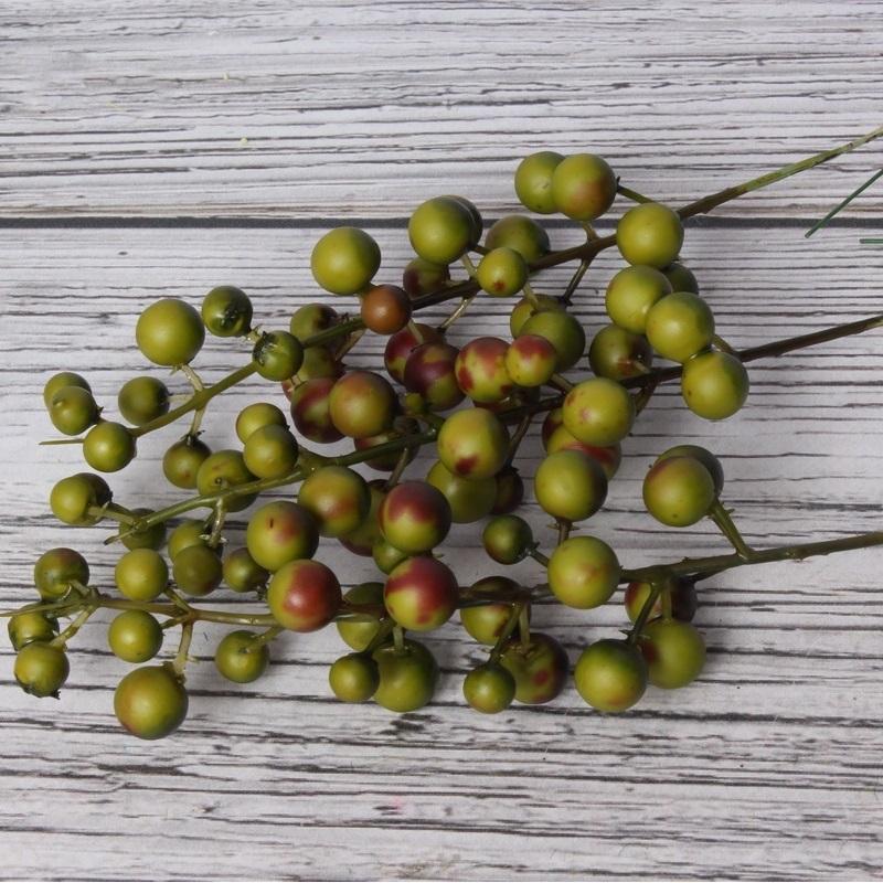 Веточка декоративная ягодки зеленые